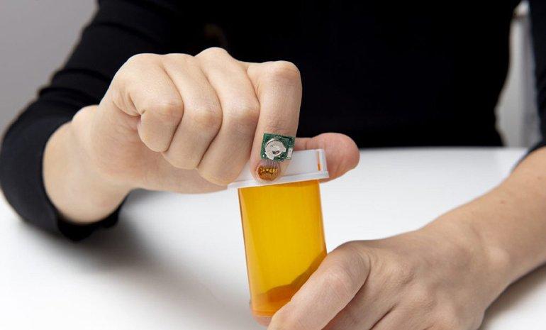Bu Tırnak Sensörü Sağlık Analizi Yapabiliyor