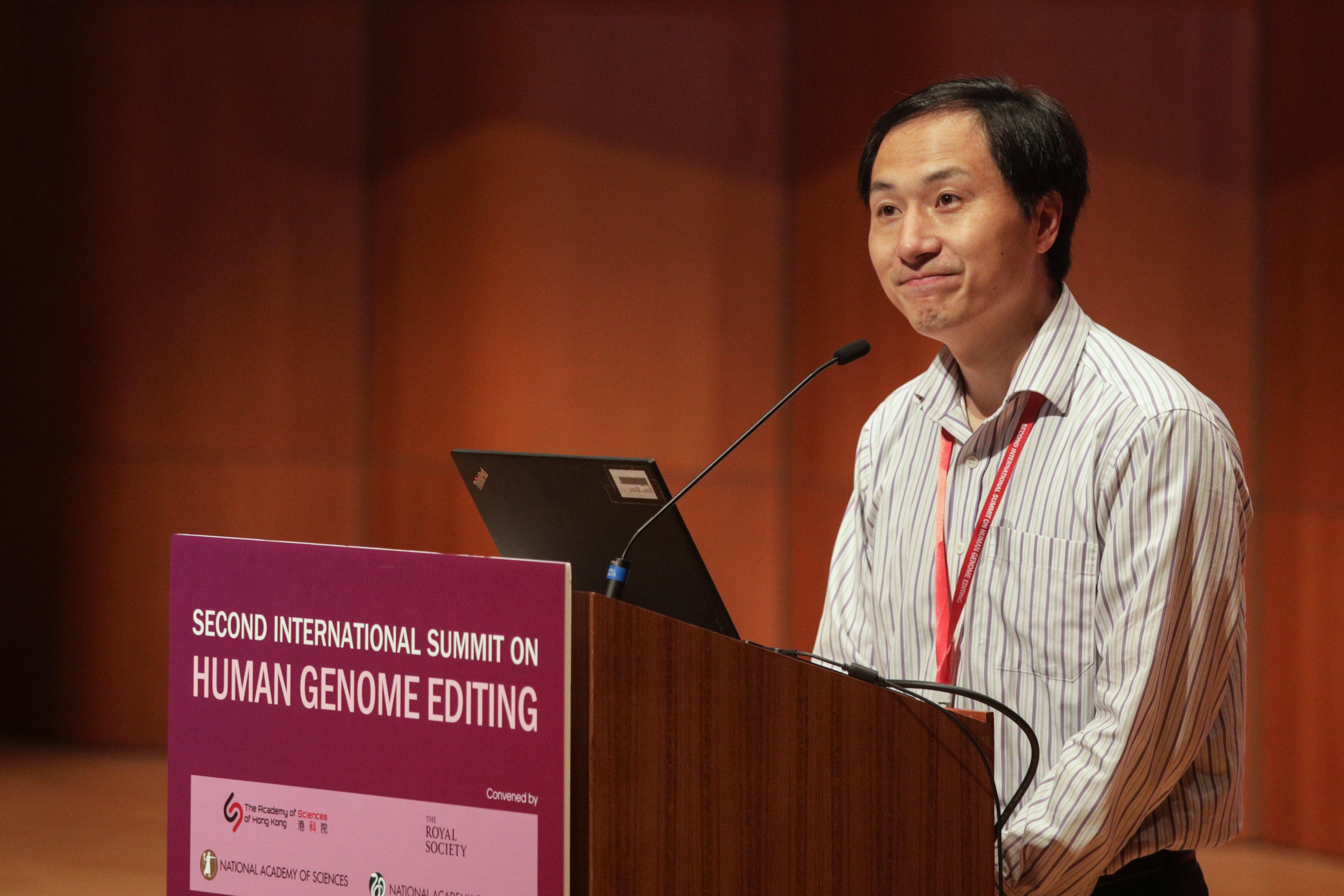 Çinli bilim adamı ev hapsinde tutuluyor