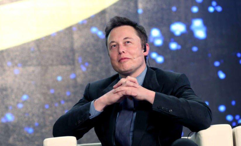 Elon Musk'tan Putin'e iki dilde Clubhouse daveti var