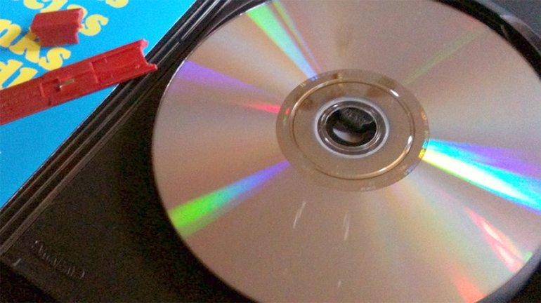 Hasarlı Veya Çizik CD ve DVD'lerden Veri Kurtarmak: Nasıl Yapılır?