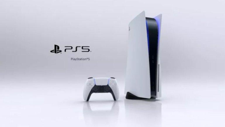İşte Dünyanın En Büyük PlayStation 5'i: Tam 3 Metre Boyunda ve Çalışıyor!