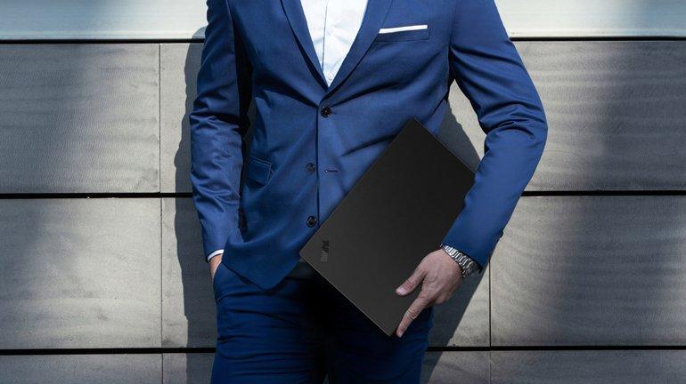 İşte Lenovo ThinkPad X1 Carbon 6. Nesil!