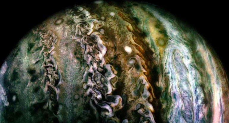 Jüpiter'in Yüzeyine Ulaşabilseydiniz, Orada Sizi Ne Bekliyor Olacaktı?