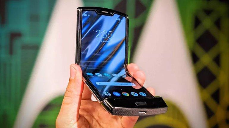 Katlanabilir Telefon Motorola Razr 2020'nın Görüntüleri Sızdı