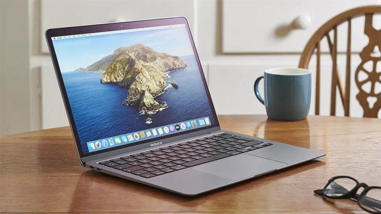 MacBook Air'in Ekranı Windows 10'da Neden Daha Parlak?