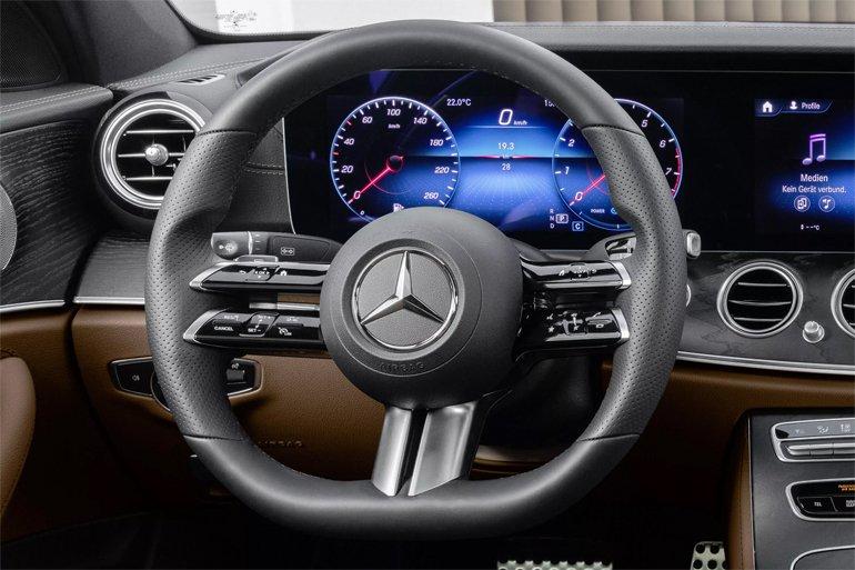 Mercedes'in Yeni E Sınıfı Modellerinde, Akıllı Direksiyon Bulunacak