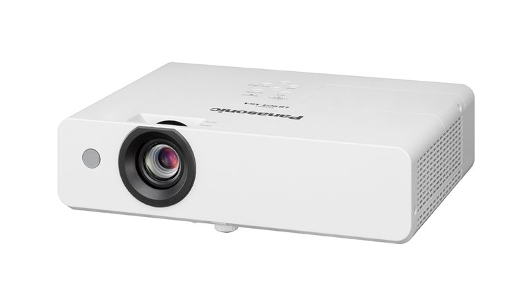 Panasonic'ten Yeni Lambalı Projektör Serisi