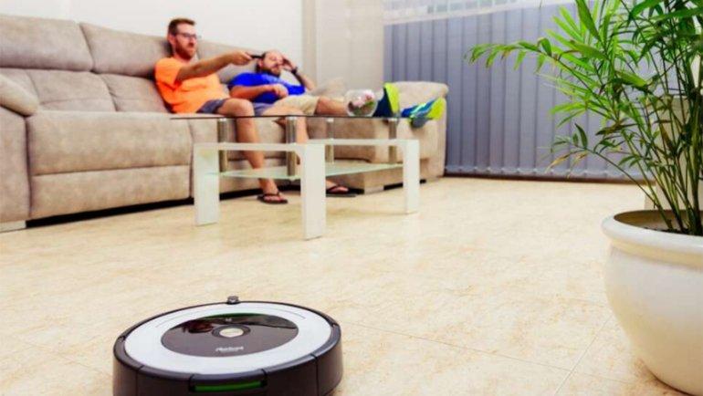 Robot Süpürgelerin Sarhoş Olabileceği Hiç Aklınıza Gelir miydi?