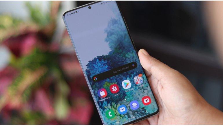 Samsung, Daha Ucuz Galaxy S21 İçin Ekran Çözümü Peşinde