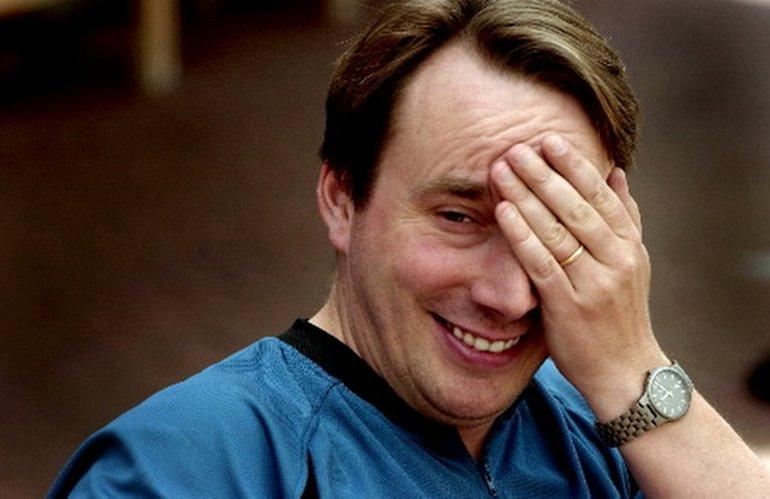 Steve Jobs'u Reddetti, Linux Doğdu!